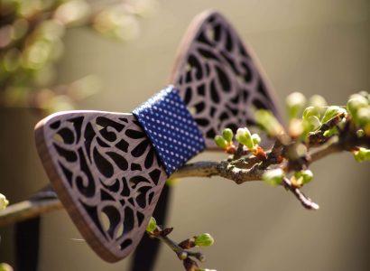 noeud papillon en bois branche